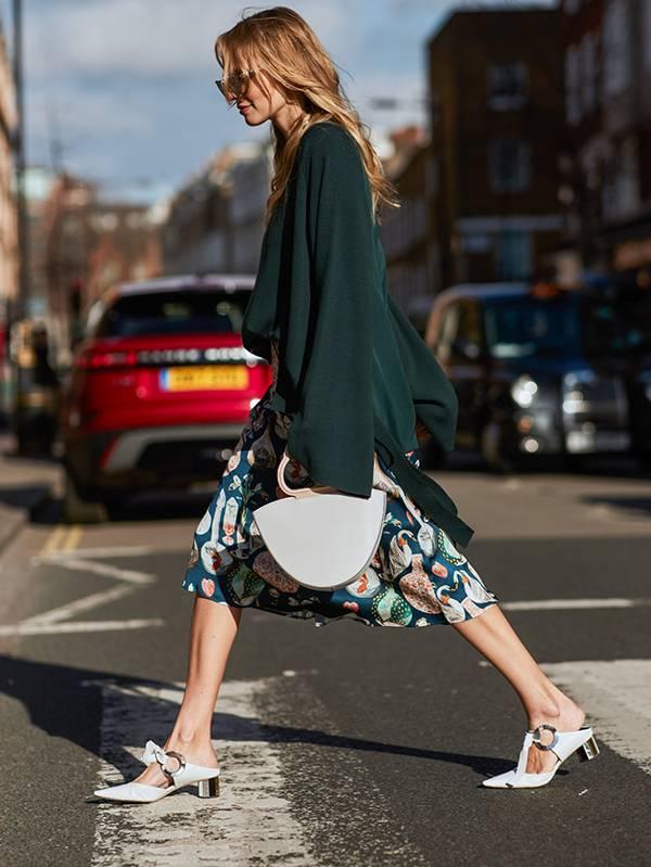 london-fashion-week-february-2018-street-style-249853-1519043020300-image.600x0c